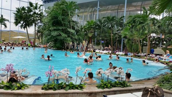 Laguna piscine allemagne piscine dans les alpes france for Titisee piscine